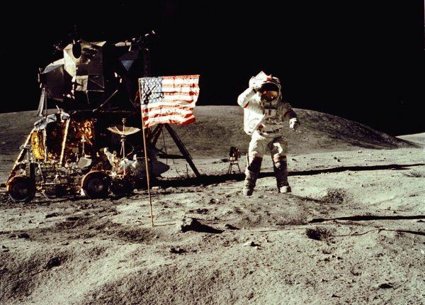 5.5  קביעת גיל הירח והארץ