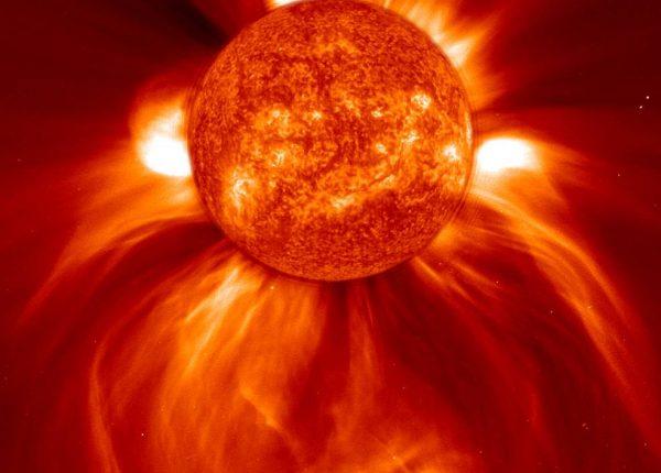 11.13  זרימת האנרגיה בשמש